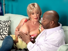 Lexi's Dark Meat-thermometer Attack