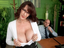 Fucking the monster titted HORNY HOUSEWIFE who's wearing glasses