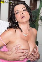 1990s big-tit star Betty Milk sacks rides another time!